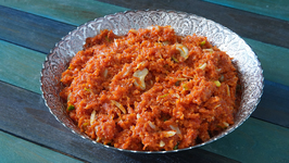 Gajar Ka Halwa Recipe - Homemade Carrot Halwa - Indian Dessert Recipe - Smita
