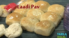 Laadi Pav - Eggless Homemade Laadi Pav Buns - Hindi