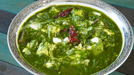 Restaurant Style Palak Paneer - How To Make Palak Paneer - Cottage Cheese In Spinach Gravy - Smita