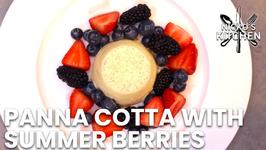 Panna Cotta with Summer Berries / Perfect Valentines Dessert