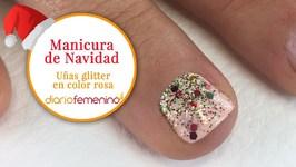 Cómo hacer unas uñas glitter en color rosa - Diseños de uñas para Navidad