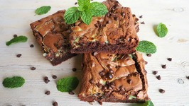 Dessert Recipe-Mint Cheesecake Swirl Brownies