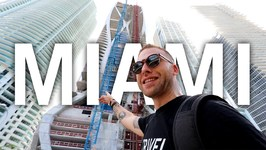 DOWNTOWN MIAMI WALKING TOUR - Miami, Florida