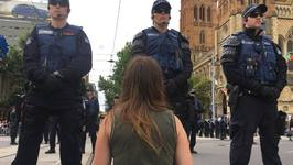 Mass Protest Against Manus Island Brings Melbourne City Center to Standstill
