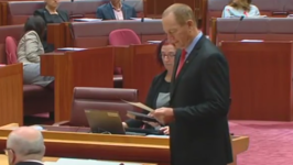One Nation Senator Fraser Anning Defects From Party Same Morning He is Sworn Into Parliament