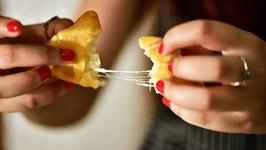 Mac And Cheese Samosa - How To Make Creamy Cheese And Macaroni Samosa - Samosa Recipes