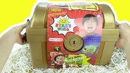 Ryan's World Cap'N Ryan's Mega Mystery Treasure Chest (Series 1) Putty, Dolls, Pirates, GOLD Toys