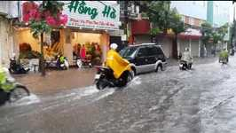 Rush-Hour Deluge Floods Streets in Hanoi