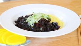 Must Eat Korean Black Bean Sauce Noodles, Jajangmyeon