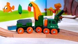 Skoops Crane Brio Toy Train Set Construction Toy Unboxing