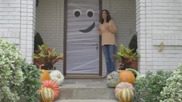 How To Make A Spooky Mummy Door