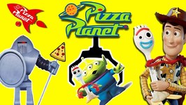 Toy Story 4 FIND FORKY at PIZZA PLANET GAME w/ Toy Story 4 Movie Toys