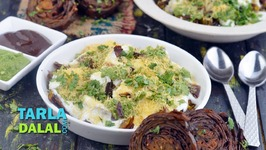 Crispy Patra Chaat - Patra Chaat With Curds And Chutneys