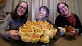 Kids Favorite Pizza Rolls, Zucchini Dip And Salmon / Gay Family Mukbang - Eating Show