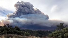 Thomas Fire Smoke Plumes Collapse, Creating Dangerous Ground Conditions