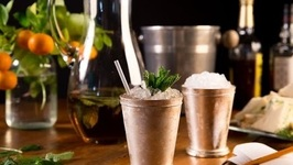 Kentucky Mint Julep By The Pitcher