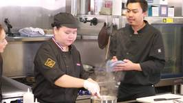 Hawaiian Grown Kitchen - Noi Thai Cuisine - Segment 2