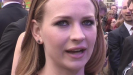Britt Robertson: 'Tomorrowland will make people think'