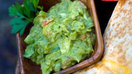 Chayote-Guacamole Snack