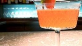Tomato Martini Garnishing Tips