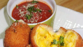 Fried Mac and Cheese Balls or Baked and Eggless?