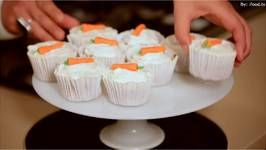 Mini Carrot Cakes with Cream Cheese and Vanilla Frosting