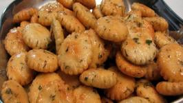 Lynn's Savory Oyster Crackers