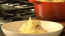 Mashed Potato With Mozzarella And Tomatoes