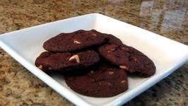 Red Velvet Chip Cookies