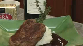 Steak with Honey and Butter Wine Sauce