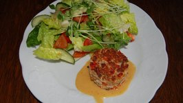 Awesome Crab-cakes with Salad