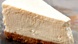 EXTREMELY CLASSIC & INCREDIBLY DELICIOUS NEW YORK CHEESECAKE