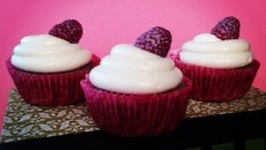 TBT Raspberry Champagne Cupcakes