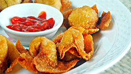 Fried Wontons and Homemade Duck Sauce