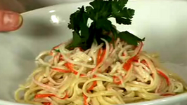 Italian Cooking Crab Pasta with Cecilia