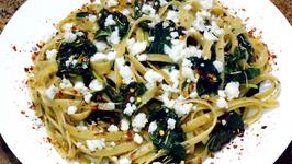 Pasta Fettuccine Con Spinachi, Basilico, Rosmarino