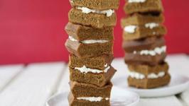 Gingerbread Waffles - Easy Breakfast
