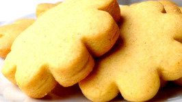 Maize and Vanilla Shortbread Cookies