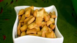 Shakkarpara - Indian Festive Sweet