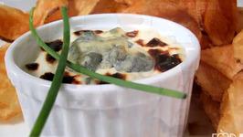 Hot Garlic and Bleu Cheese Dip