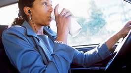 The 10 Most Dangerous Foods To Eat While Driving