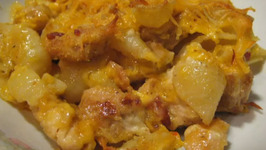 Delectable Chicken Bacon Mac and Cheese Bake