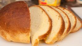Sour Cream Nut Bread