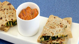 Spinach and Baby Corn Parathas by Tarla Dalal