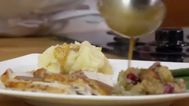 Easy Gourmet Turkey Gravy