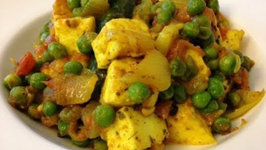 Basic Matar Paneer Masala: Indian Vegetarian food