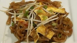 Laotian Khaw Mee