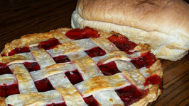Betty's Fresh Cherry Pie