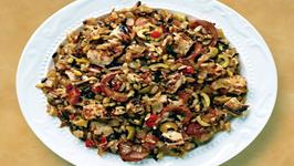 Wegmans Salsa Chicken, Chorizo and Grain Bake