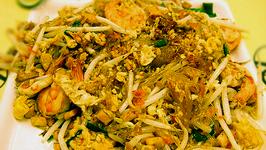 Shrimp Fried Thai Noodles